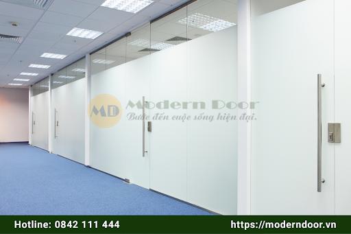 Cửa văn phòng ABS mẫu 1