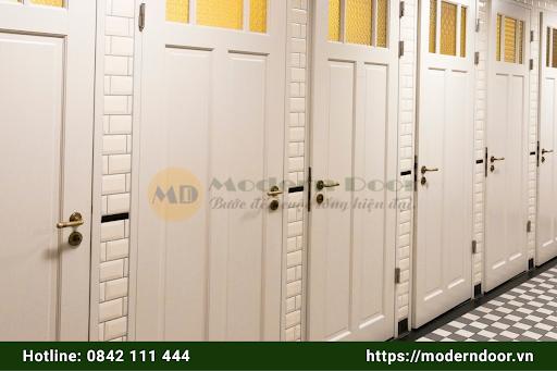Mẫu cửa gỗ HDF chất lượng